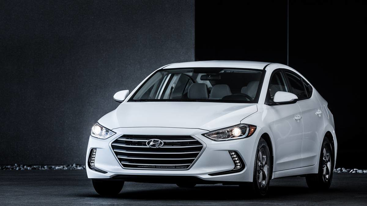 Ward's Best Engine List for 2016 Includes Ford and Hyundai